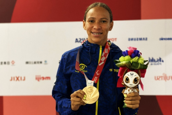 mayerli buitrago gano medalla de plata para colombia en los paralimpicos de tokio